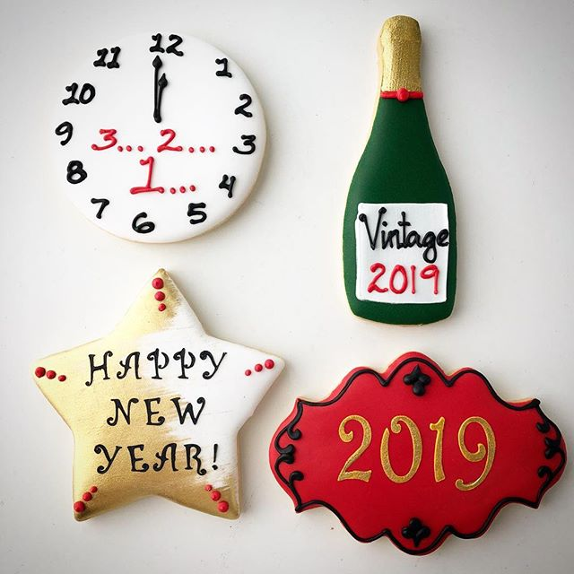 Ready to ring in the New Year! These beautiful sweets are available in the shop and for pre-order online!