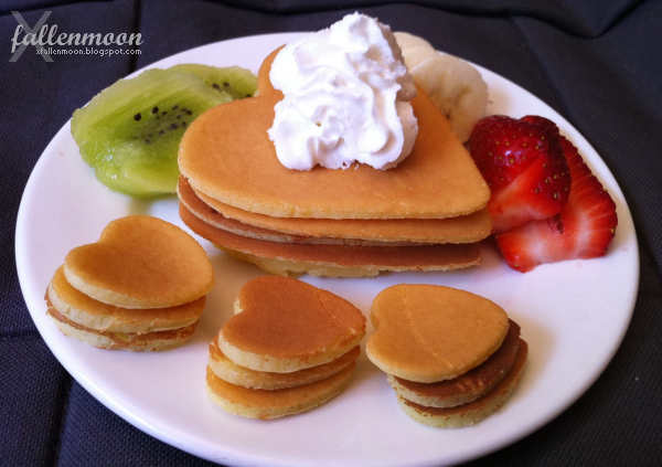 heart shaped pancakes with fruit