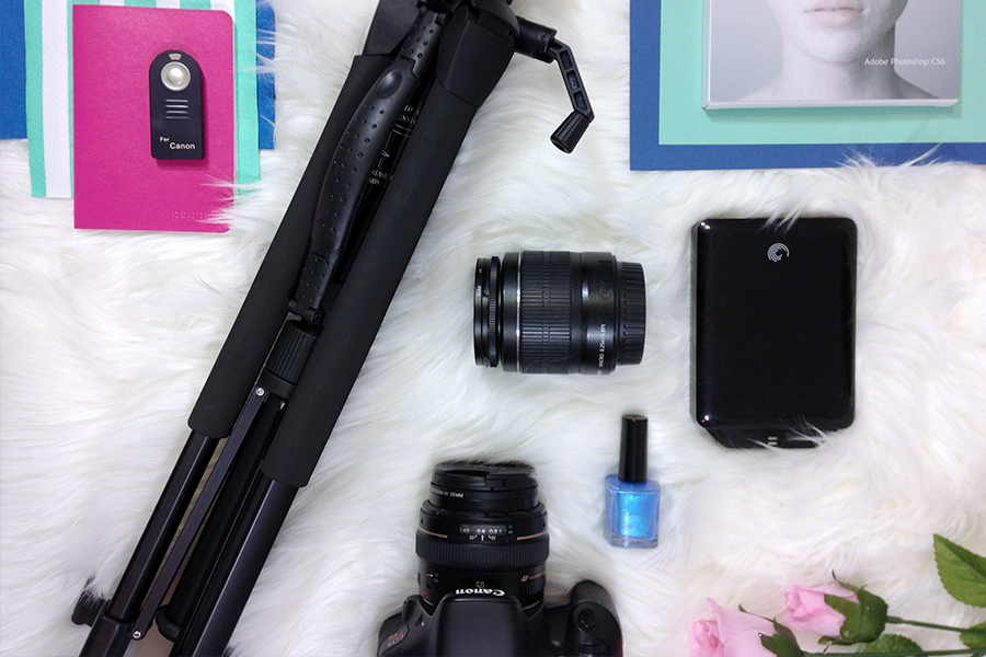Must have photography kit for bloggers.