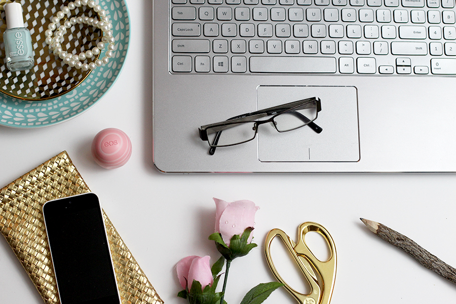 6 simple ways to get serious about blogging.