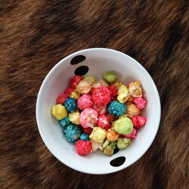sweet rainbow popcorn.jpg
