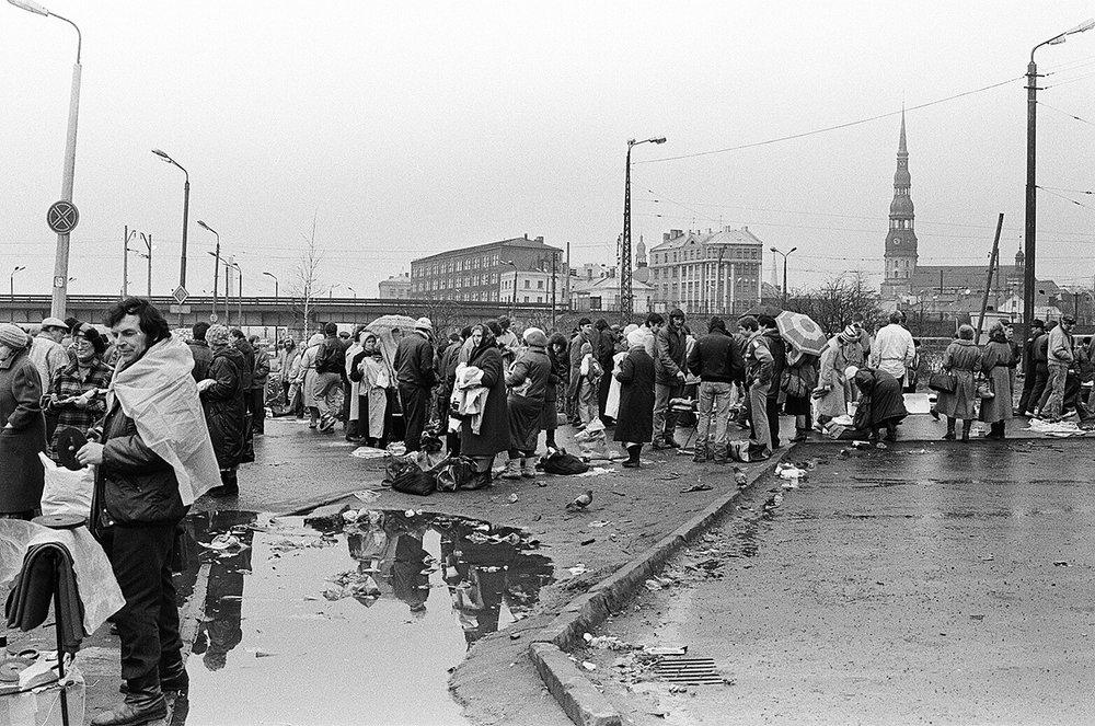 Mara  Brašmane. The Riga Central Market. Undated (c. early 1990s). From the book   Mara   Brašmane.  Central Market  (Riga: Orbita, 2017).
