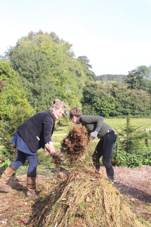 The Land Gardeners - Oxfordshire, UK