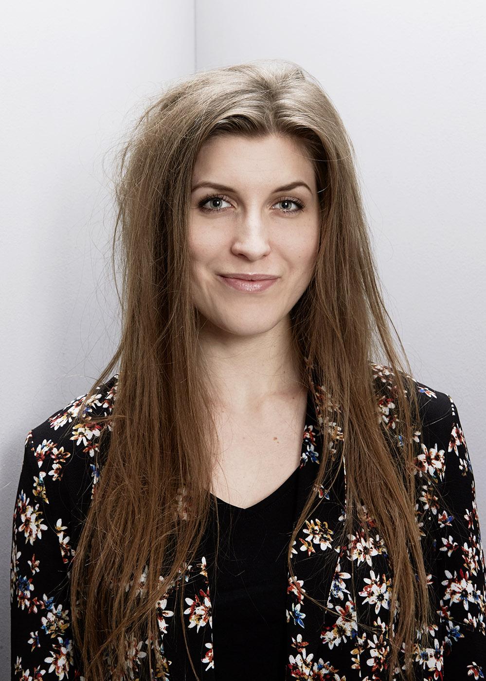 Elise Runsuun, Musical Performer