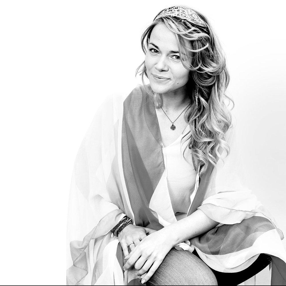 Frederikke Vedel - Singer - Album cover
