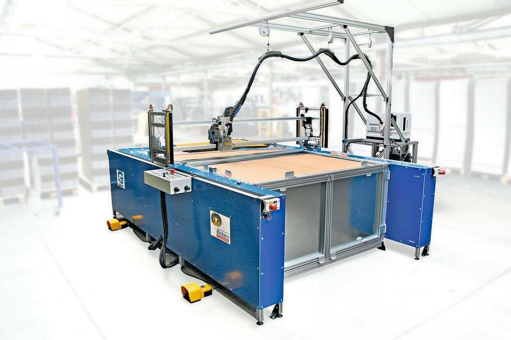 BICKERS GLUEJET XY plotter gluer / cnc glue plotter