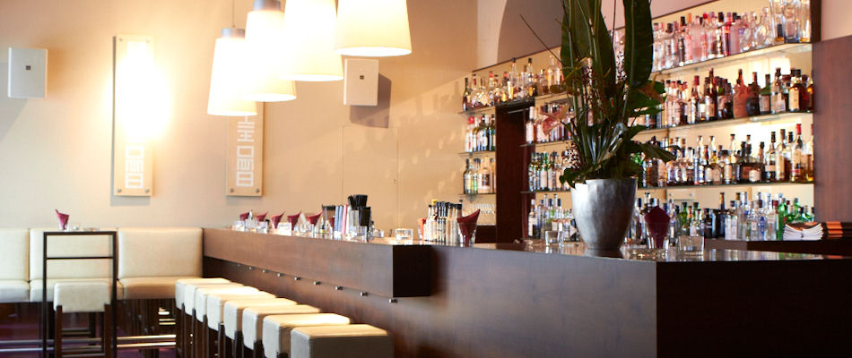 best bars in vienna testing best bars europe. Black Bedroom Furniture Sets. Home Design Ideas