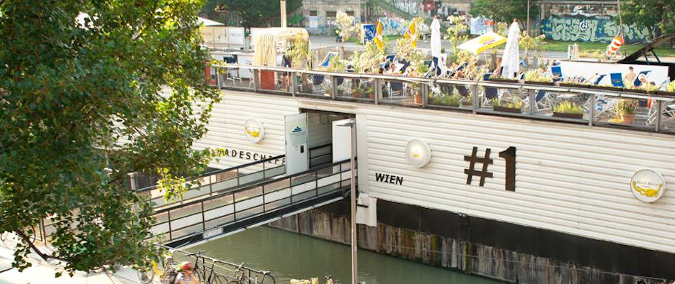 Best Bars Vienna ~ Badeschiff Vienna