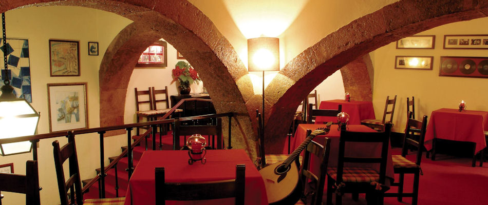 Best Bars Lisbon ~ Clube De Fado