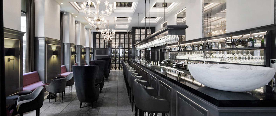 Best Bars Copenhagen ~ Balthazar Champagne Bar / Photo: dangleterre.com