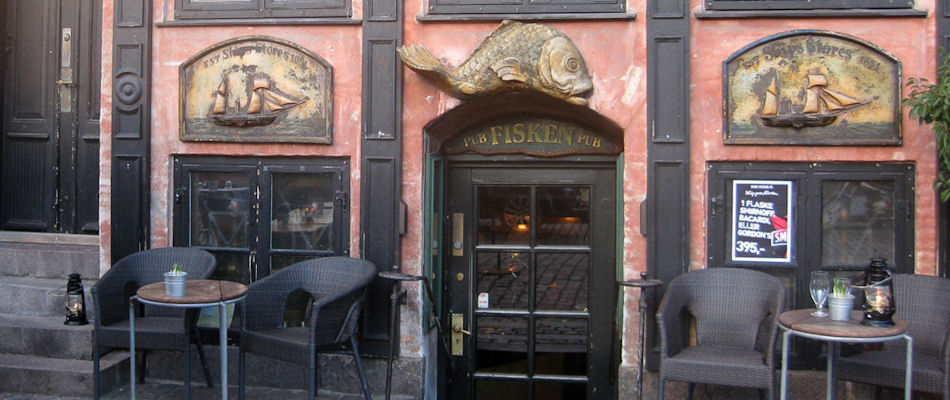 Best Bars Copenhagen ~ Fisken Pub / Photo: streckers.dk