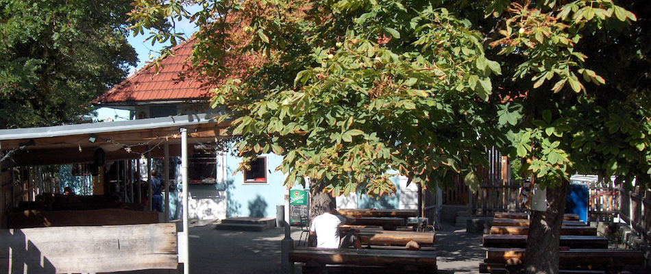 Best Bars Bratislava ~ Funus / Photo:krcma-funus.sk