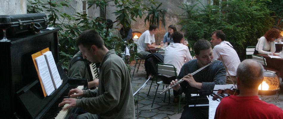 Best Bars Bratislava ~ Prasna Basta / Photo:prasnabasta.sk