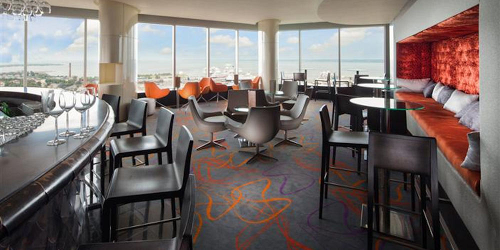 Best Bars Tallinn ~ Horisont / Photo: swissotel.com