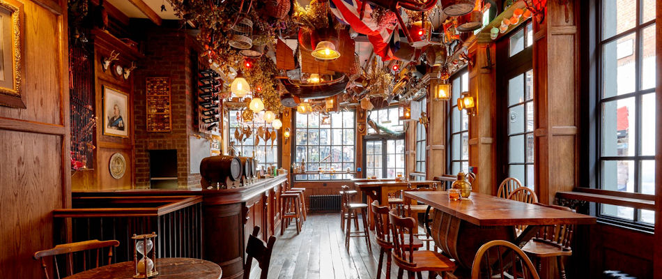 Best Bars London ~ Mr Fogg's Tavern / Photo: Facebook foggstavern
