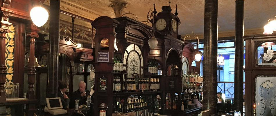 Best Pubs London ~ Princess Louise / Photo: Facebook john.boyle.7399