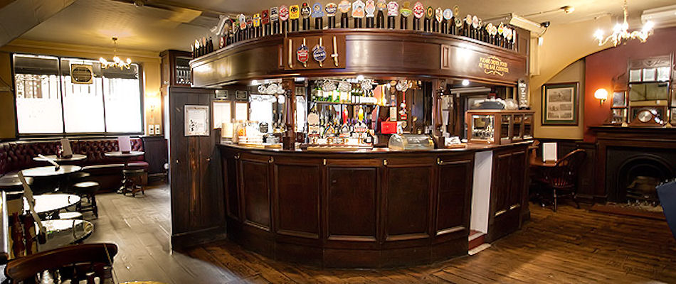 Best Pubs London ~ The Old Bell Tavern / Photo: nicholsonspubs.co.uk