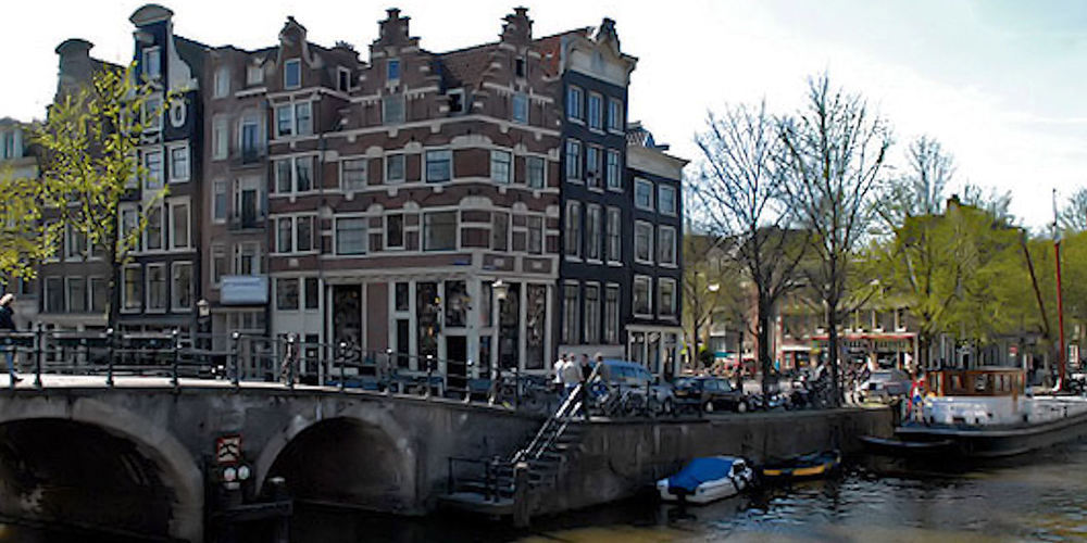 Best Pubs Amsterdam ~ Cafe Papeneiland / Photo: papeneiland.nl