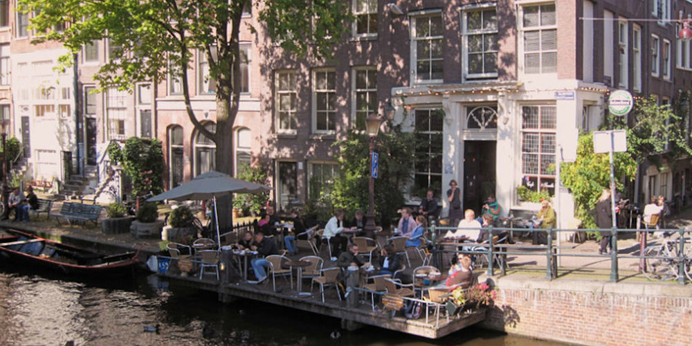 Best Pubs Amsterdam ~ Cafe t'Smalle / Photo: t-smalle.nl