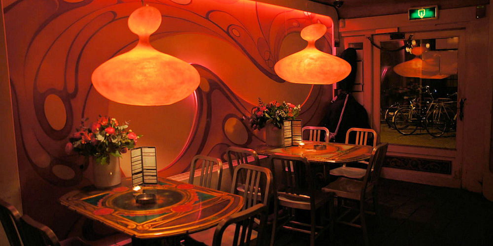 Best Coffeeshops Amsterdam ~ Dampkring / Photo:dampkring-coffeeshop-amsterdam.nl