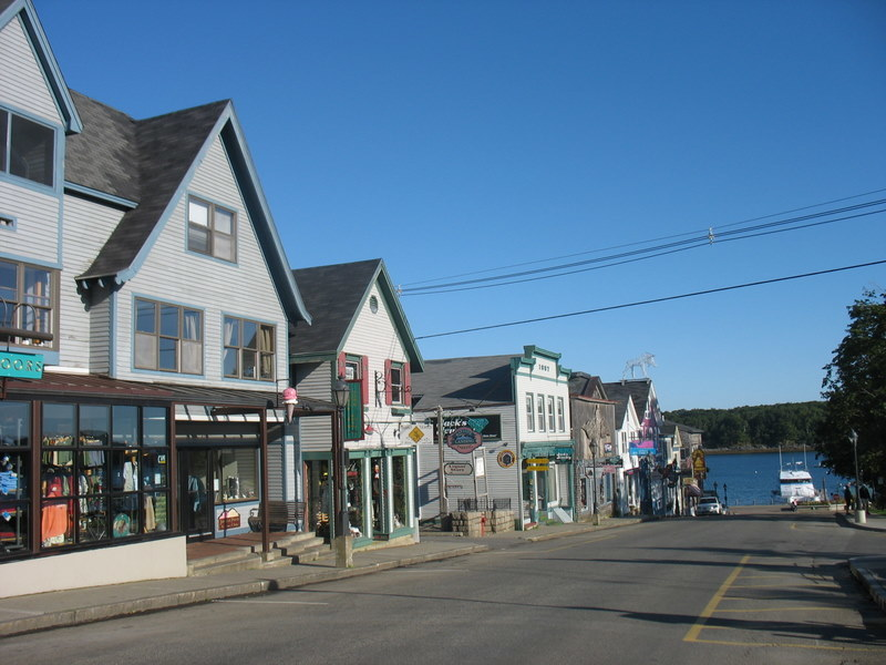 Early Morning at Bar Harbor Village