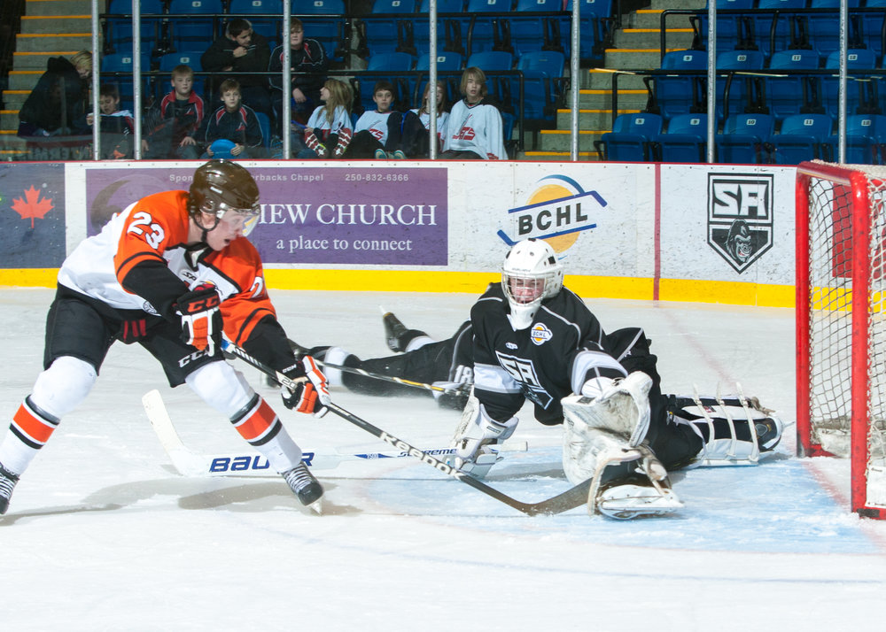 Michigan tech goaltender angus redmond was a recruit from the bchl (photo credit: Chris fowler)