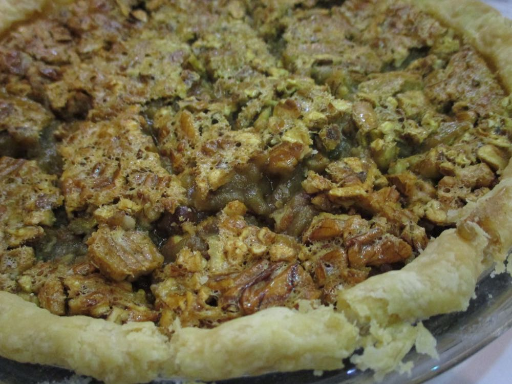 Winning 1st Place in the cakes and pies division, this delicious honey pecan pie recipe.