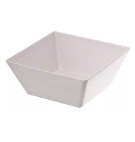 large melamine bowls   125 ounce melamine bowl  $5.25 per bowl (2 available)
