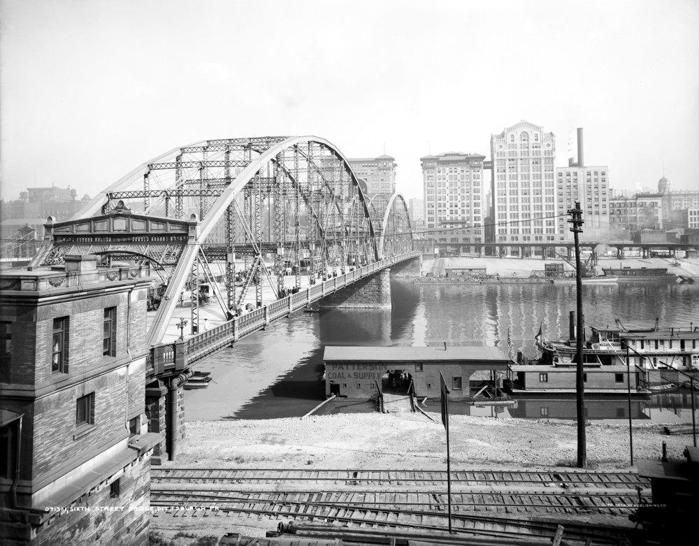 Sixth Street Bridge in Pittsburgh, prior to being relocated to Coraopolis (replaced by the Clemente Bridge)