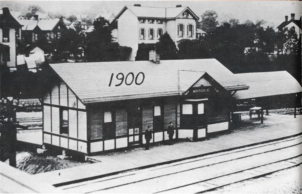 Montour Junction Station 1900.jpg