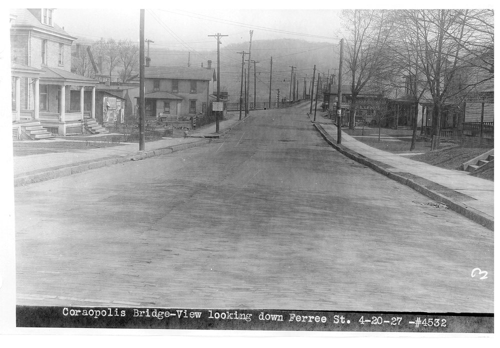 3 - 20 Apr 1927 Montour Bridge (looking down Ferree St).jpg
