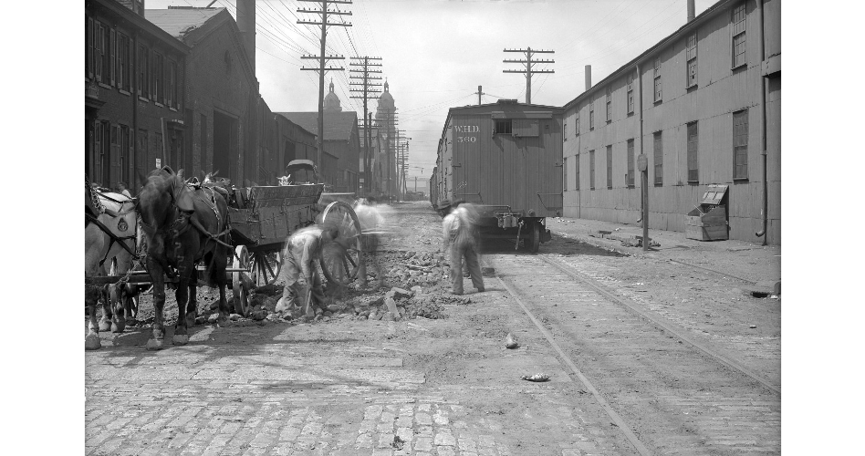 Smallman Street looking toward 22nd from 23rd. Photo taken in 1909. One of the buildings in the distance should be Lathwood Foundry.