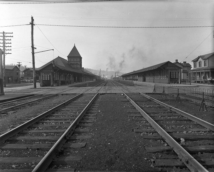1916-02-01 Mill Street Crossing (3).jpg