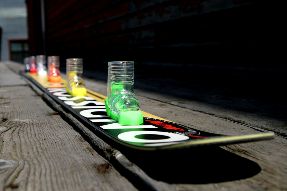 Available in 3, 4 and 5 boot Shot Skis