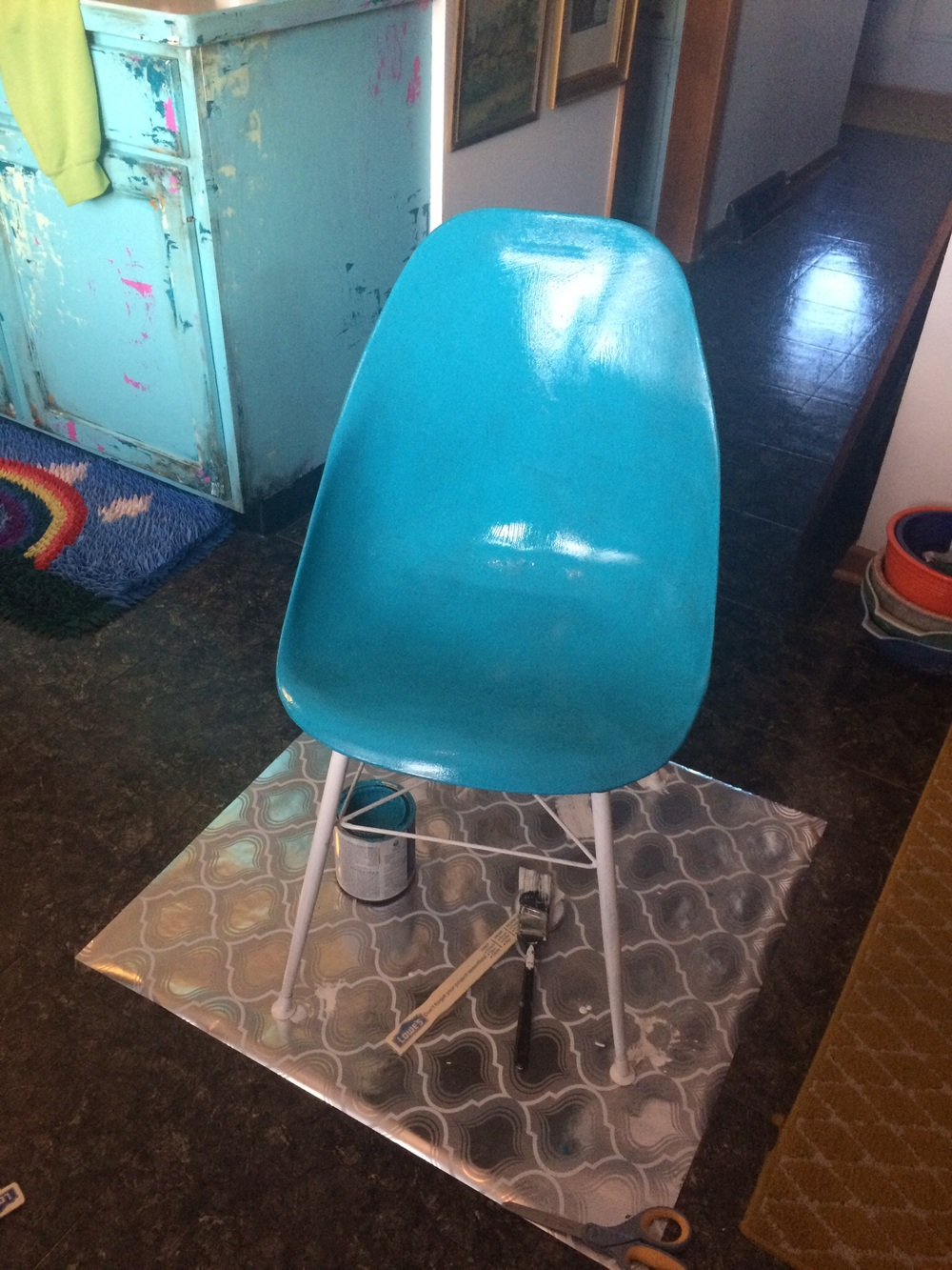Vintage chair painted teal. || RustopiaConsulting.com