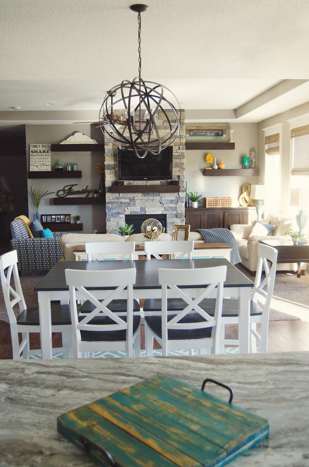 Open floor plan kitchen, dining room, and living room. | hprallandco.com