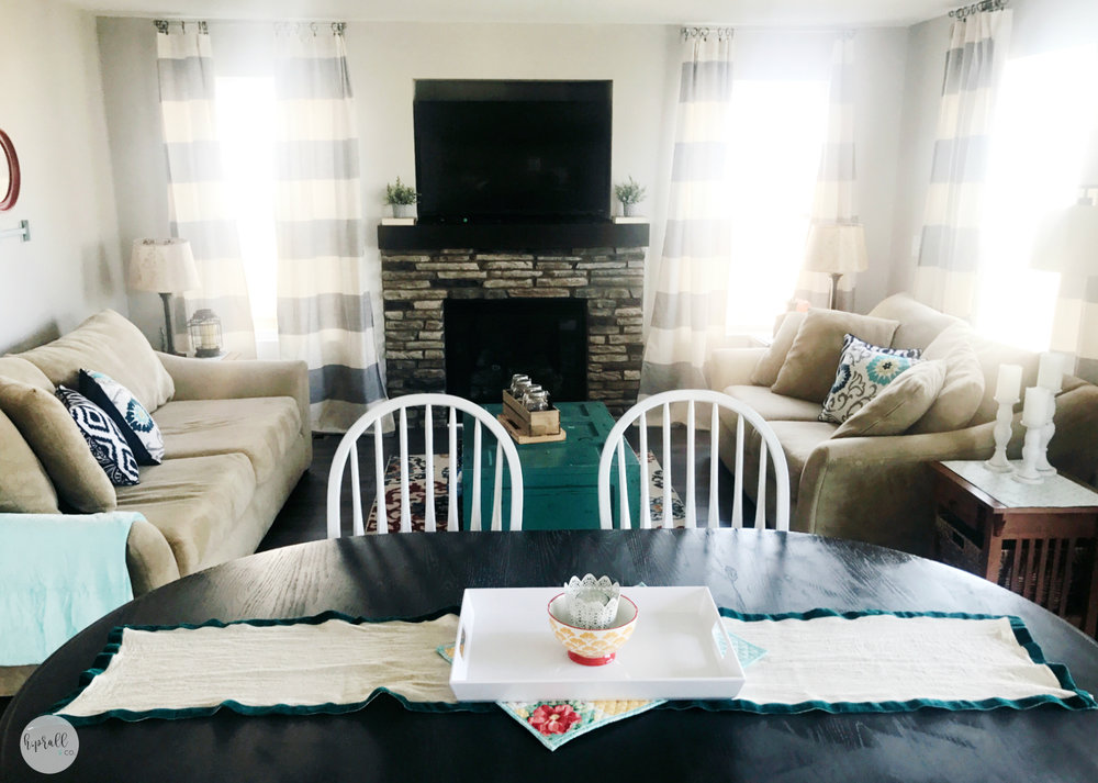 Living Room Layout | hprallandco.com