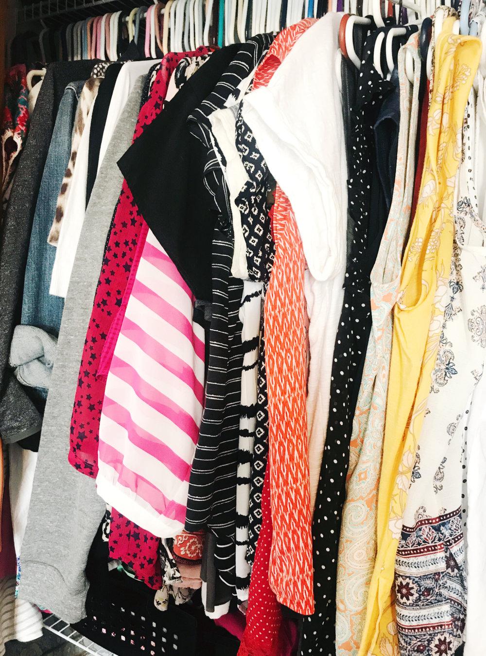 Get easy steps to makeover your closet at hprallandco.com