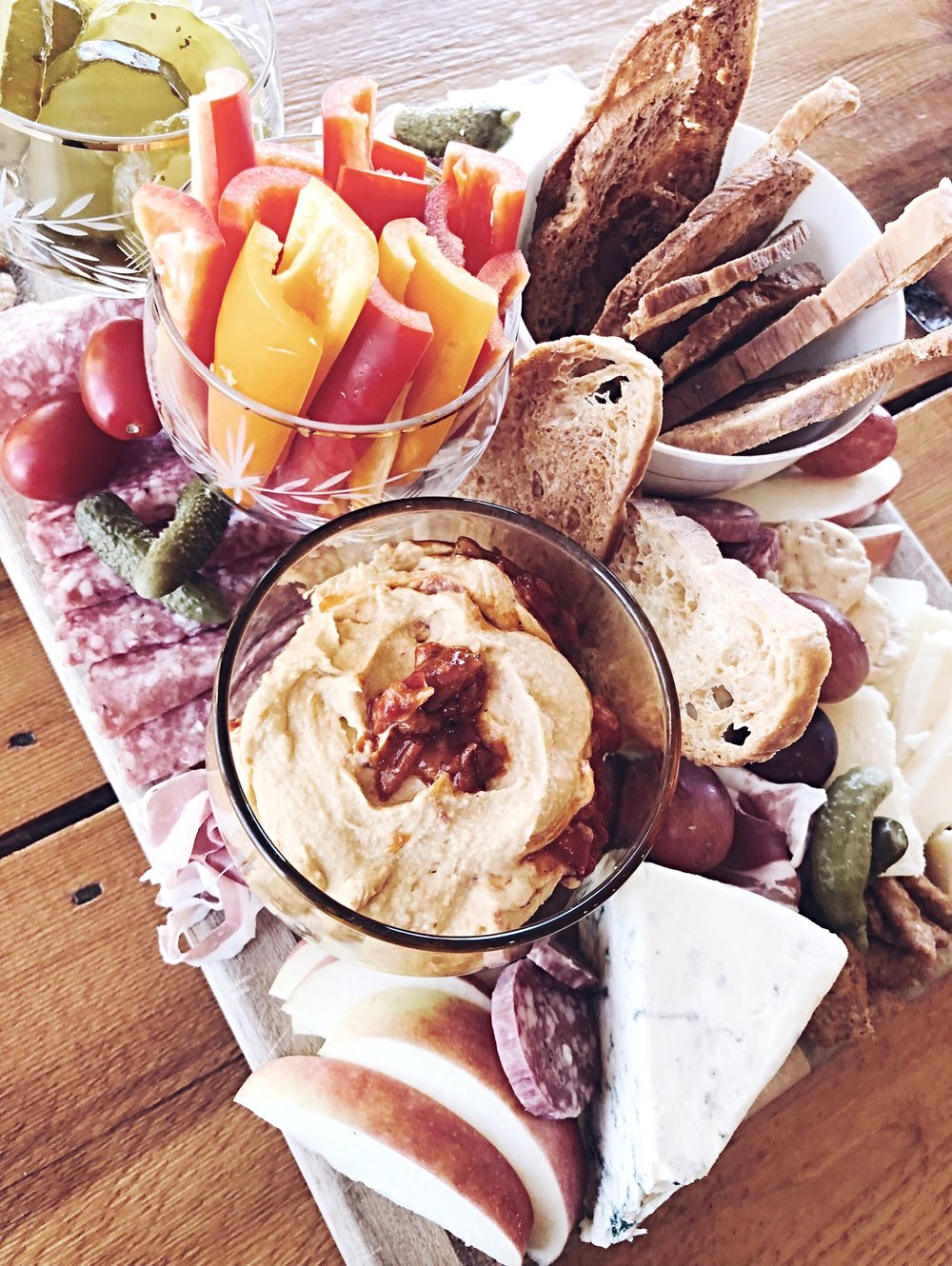 I'm sharing some tips for how to make a charcuterie board over at hprallandco.com!