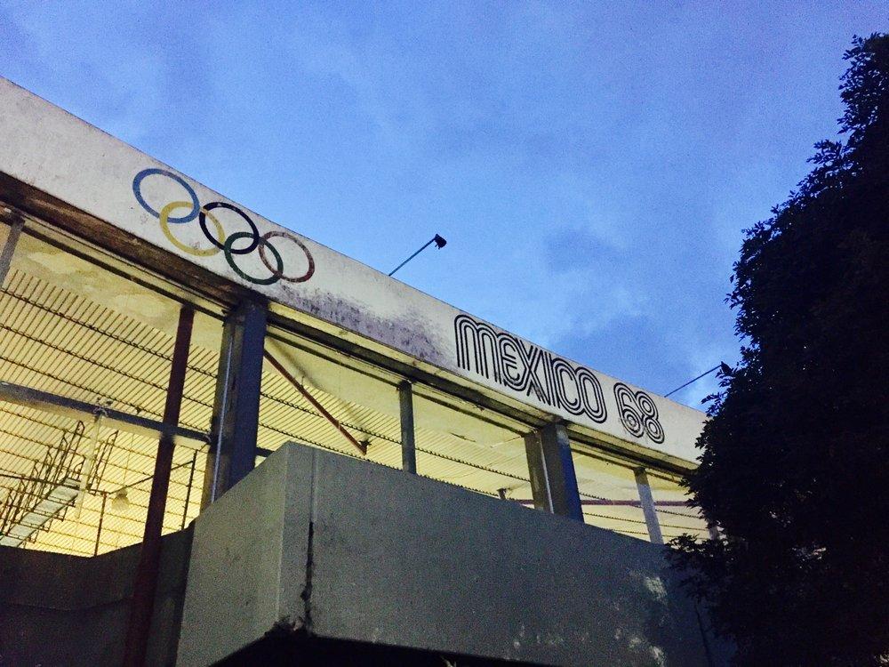 gimnasio olimpico juan de la barrera
