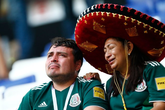 mexico fans crying.jpeg