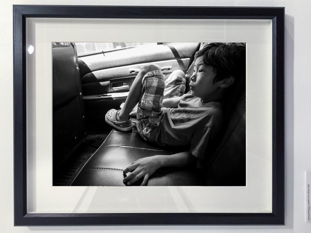avery-black-frame-large.jpg