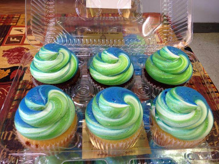 Tye Dye Cupcakes Blue & Green.jpg