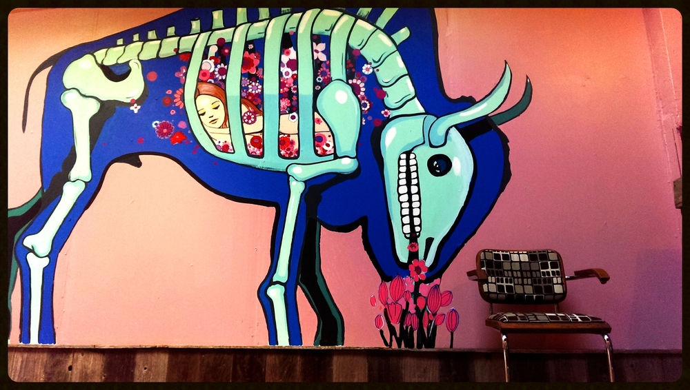 'Grazing Buffalo' mural at Carousel Consignment SF, 2014