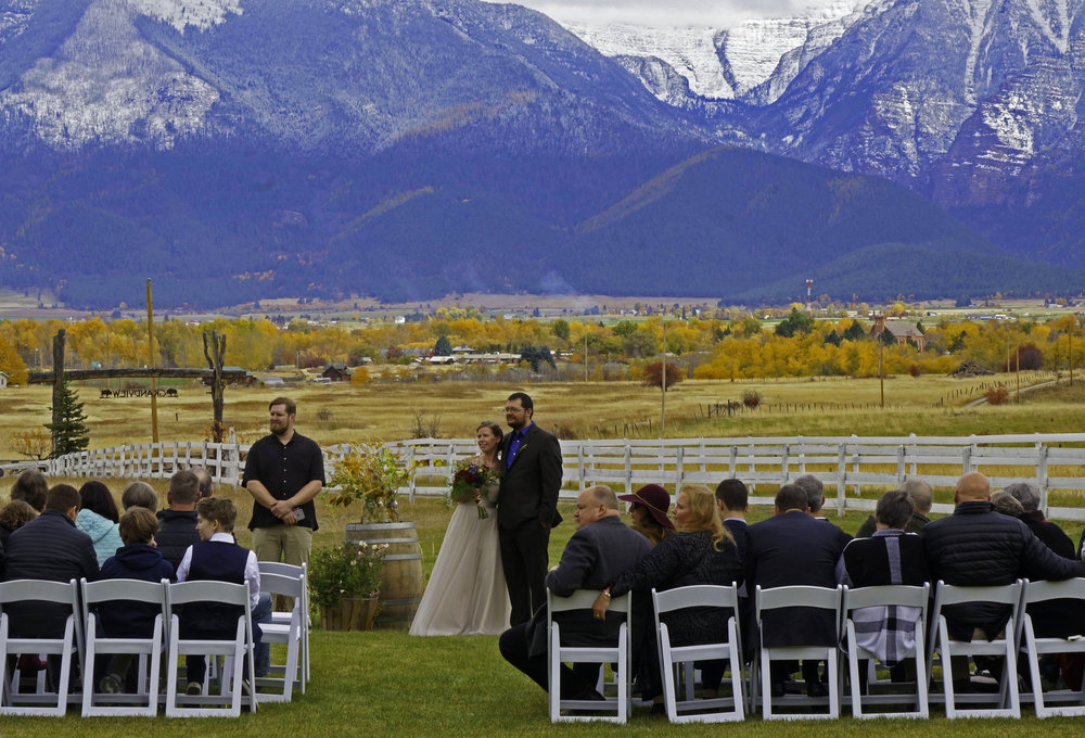 Rugged Horizon - Fall Wedding in Montana