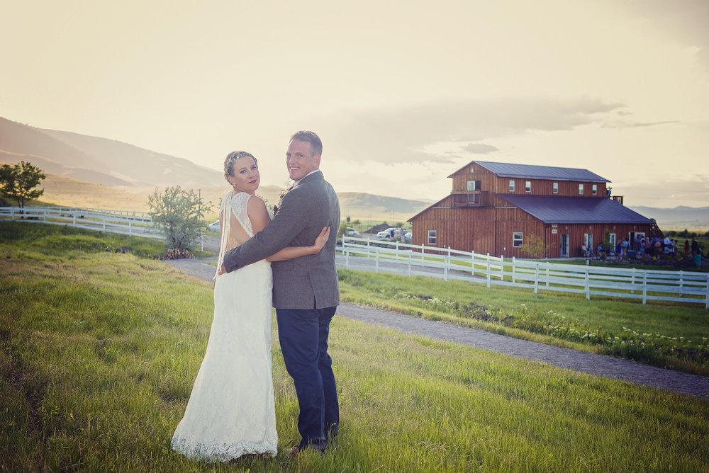Rugged Horizon Barn Weddings in Montana