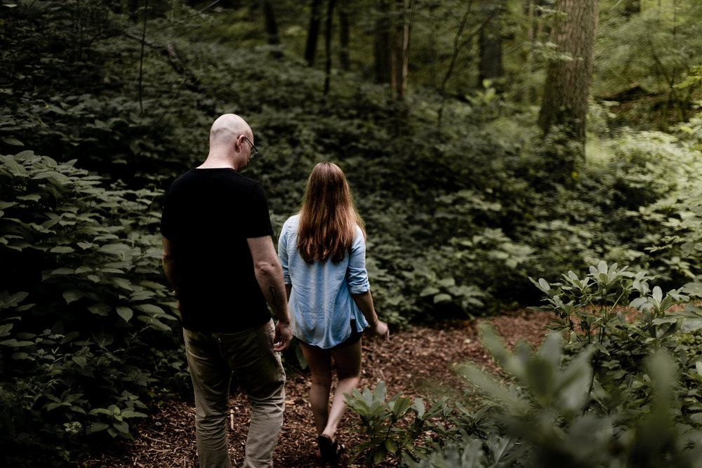 Brittney and Robin engagement-33.jpg
