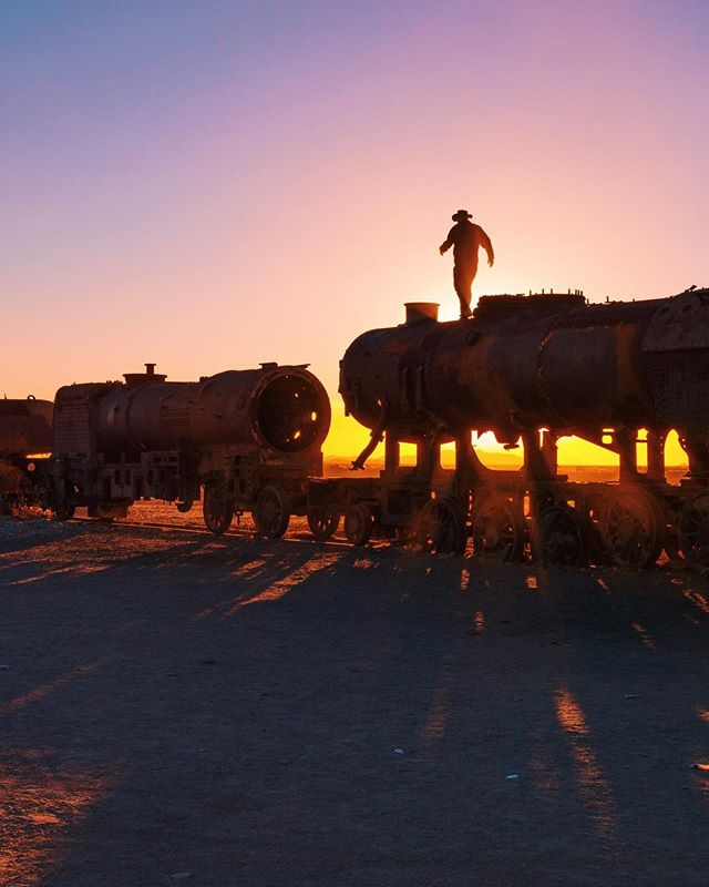 Hobo Cowboy 🚂 We first met @wheresthegringo 6 months ago in Bolivia camping at this epic train graveyard just outside the Salar de Uyuni. 🌅 Today we're all hanging out in his family's beautiful home in Georgia! #AshLivin
