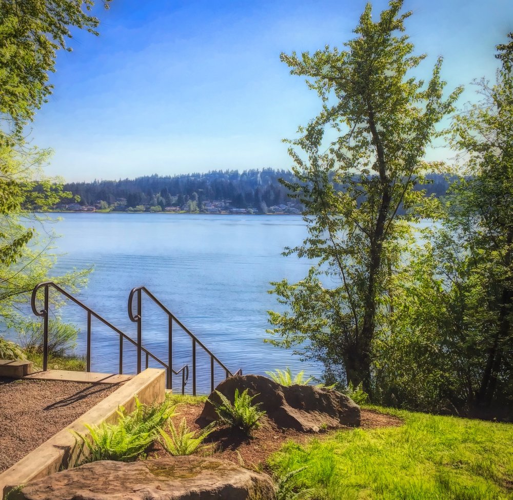 Lake Sammamish and family are within walking distance of Vesta Apartments, Redmond, WA.