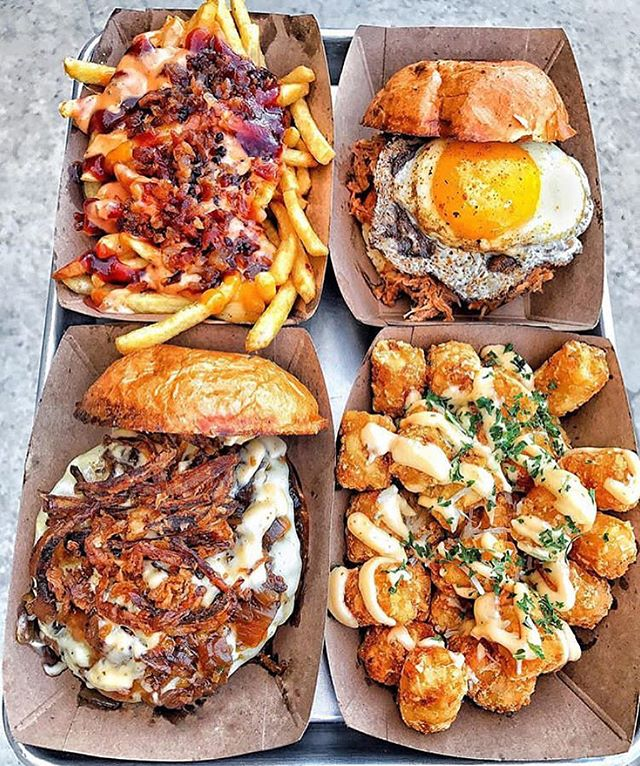 Diet starts tomorrow right? #meatymonday #dietplan #fryday 📷: @maieatingobsession . . . . . #huffposttaste #instagood #photooftheday #instalike #instadaily #instalove #instafood #foodporn #food #foodgasm #amazing #eeeeeats #picoftheday #love #gameday #sportsfood #foodblogger #eattheworld #alwayshungry #foodgawker #spoonfood #f52grams #eatmunchies #buzzfeedfood #foodphotography #todayfood